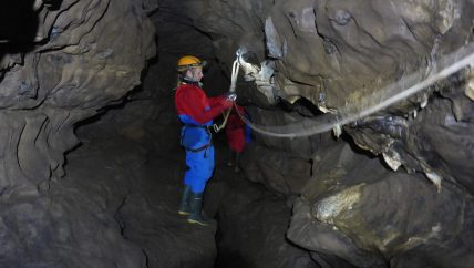 Cave rigging course