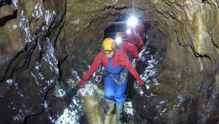Caving course Derbushire